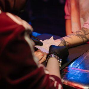 serimform-corso-tatuaggio-base-torino